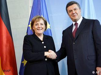 Канцлер ФРН Ангела Меркель і премєр-міністр України Віктор Янукович у Берліні (архів, 2007)