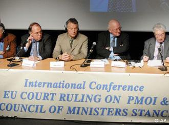 نشستی برای خروج نام مجاهدین از فهرست گروههای تروریستی اتحادیه اروپا در سال ۲۰۰۷ میلادی