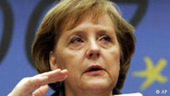 EU Gipfel zu Energie und Klima Angela Merkel Pressekonferenz