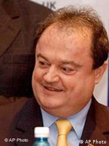 Vasile Blaga, Rumänien