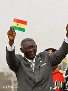 Der scheidende Präsident John Kufuor bei einer Feier zur Unabhängigkeit Ghanas am 6. Marz 2007 (Quelle: AP)