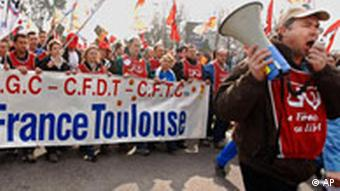 Demonstranten in Blagnac bei Toulouse, Foto: AP