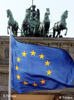 La canciller Merkel informó al Bundestag acerca de la Situación de la Unión Europea.