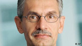 Siemens Vorstandsmitglied verhaftet Johannes Feldmayer ist nach Angaben des Konzerns am Dienstag, 27. Maerz 2007, verhaftet worden.