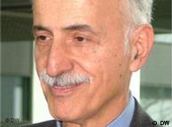 دکتر عبدالکریم لاهیجی