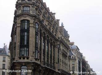 Un immeuble parisien, bâti par l'architecte Haussmann.