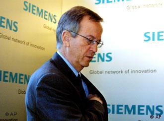 Heinrich von Pierer, fostul șef al Siemens, unul din cei 64 de inculpați
