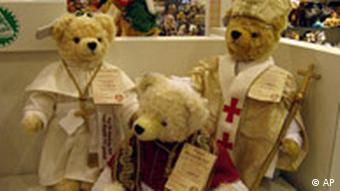 Teddy-bears dressed as the Pope