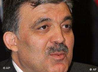 Abdulá Gül: acabar con la desconfianza.
