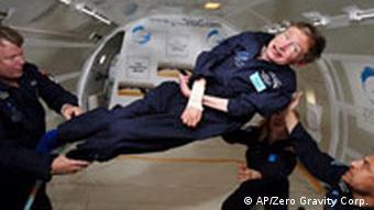 BdT Gelähmter Hawking erfüllt sich Traum Schweben in der