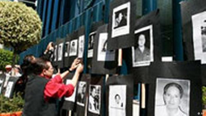 Las amenazas judiciales y la violencia extrema contra los periodistas en países como México coartan la libertad de prensa en Latinoamérica, según el informe anual de la organización Freedom House publicado hoy. (28.04.2017)