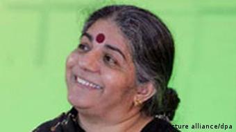 Indische Bürgerrechtlerin Vandana Shiva in Berlin