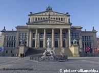 Teatro na Gendarmenmarkt, por Karl Friedrich Schinkel