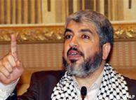 خالد مشعل، که گفته میشود رهبری حماس را به اسماعیل هنیه سپرده است