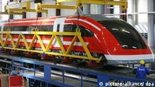 Deutschland Magnetschwebebahn Transrapid 09