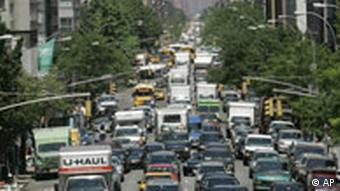 Traffic in downtown Manhattan, New York