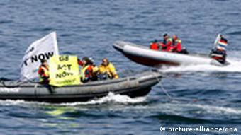 G8 Heiligendamm - Greenpeace dringt in Sperrzone ein