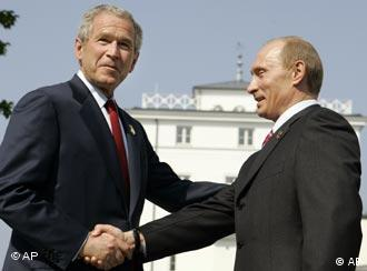 Bush und Putin in Heiligendamm (AP)