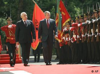 Presidenti Bush dhe presidenti Moisiu