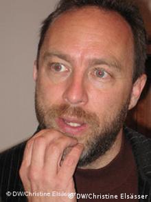 Основатель электронной энциклопедии Википедия Джимми Уэйлс