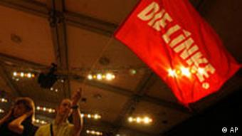 Person waving a Left party flag