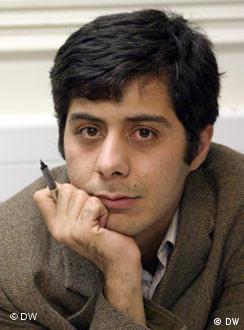 شمار روزنامهنگاران زندانی در ایران ۳۵ نفر اعلام شده است (عکس: روزنامهنگار زندانی مسعود باستانی)