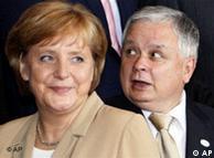 Hay que recordar las tensiones provocadas por los hermanos Kaczynski en Polonia, que salvó Merkel de manera elegante.
