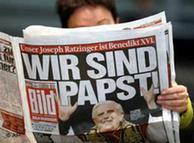 Zvjezdani trenutak deska Bild-a, naslov: Mi smo Papa!