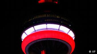 CN Tower in Toronto, 28.6.2007, Quelle: AP PHOTO/Nathan Denette/CP