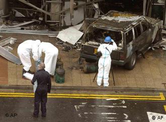 30 июня в терминал аэропорта Глазго врезался горящий автомобиль