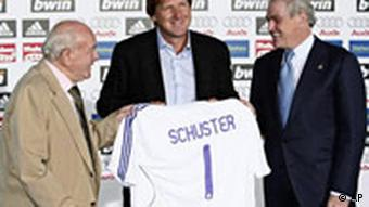Real-Madrid-Trainer Bernd Schuster (Quelle: AP)