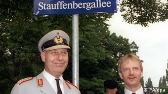 General Berthold Graf von Stauffenberg, Son of anti-Hitler hero Claus Schenk Graf von Stauffenberg to the left on a Dresden street named Staffenbergallee