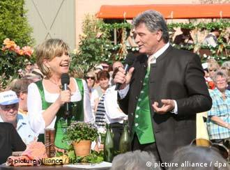The dream couple of Volksmusik Marianne and Michael will soon be hosting one less show