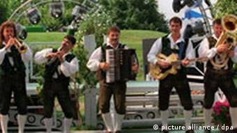 Lustige Musikanten on tour -Volksmusik-Gruppe Die Blechblos`n