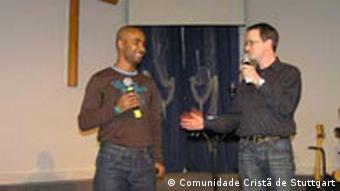 Fußballer Cacau in der Kirche Comunidade Cristã de Stuttgart