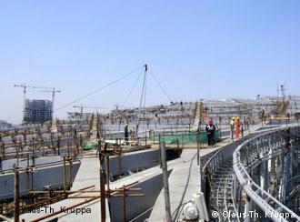建设中的奥运会主会场