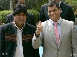 Rafael Correa, presidente de Eucuador (dcha) y Evo Morales, presidente de Bolivia.