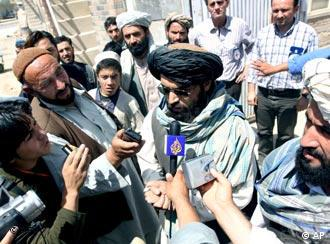 Taliban representatives talking to media regarding the fate of 21 South Korean hostages in 2007