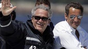 George W. Bush and Nicolas Sarkozy on a boat ride