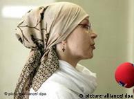 El velo islámico, prohibido en salones de clase.