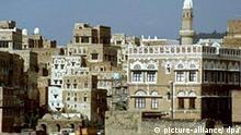 Blick auf die Altstadt der Hauptstadt Sanaa. Aufnahme von 1987.