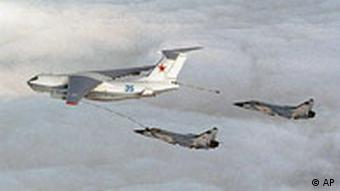 A Russian MIDAS IL76 refuels MIG31 fighter planes over Norway on Friday Aug. 17, 2007.
