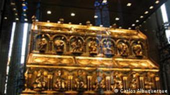 Золотий ковчег у Кельнському соборі