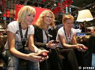 Jóvenes, los más entusiasmados por los videojuegos.
