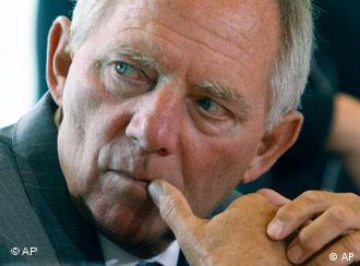 ولفگانگ شویبله، وزیر کشور آلمان