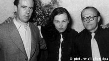 V.l.: Heinrich Böll, Ilse Aichinger und Günther Eich 1952 während der Tagung der Gruppe 47. dpa (zu dpa-Themenpaket vom 03.09.1997) nur s/w