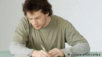 Čovjek piše