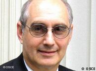 Tim Del  Vecchio, diretor da unidade policial da Organização para Segurança e  Cooperação na Europa (OSCE)