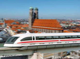 Photomontage of Transrapid against Munich background