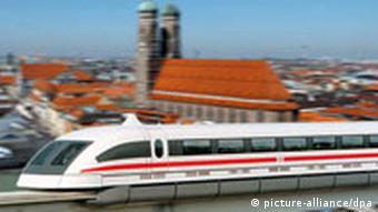 Fotomontage zur Münchener Transrapid-Strecke